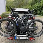 Heckträger mit 2E-Bikes